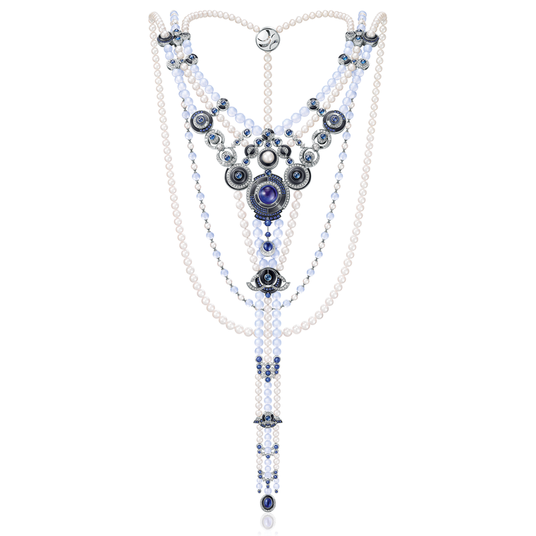 Chow Tai Fook Le Danse de Temps necklace