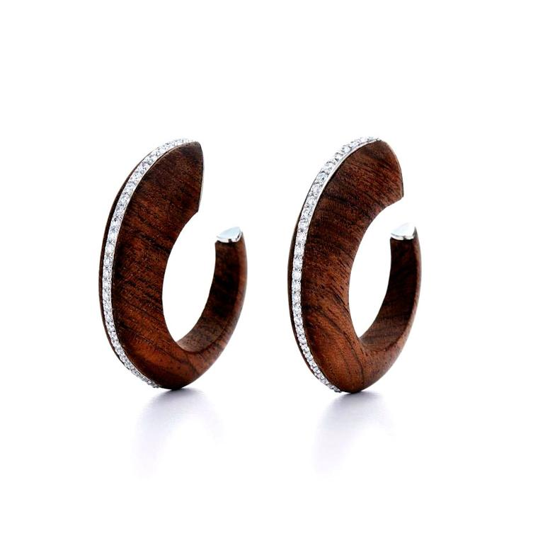 Unconventional materials: luxury wood jewelry