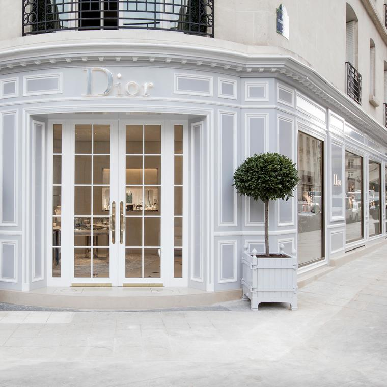Dior has a new address on avenue Montaigne
