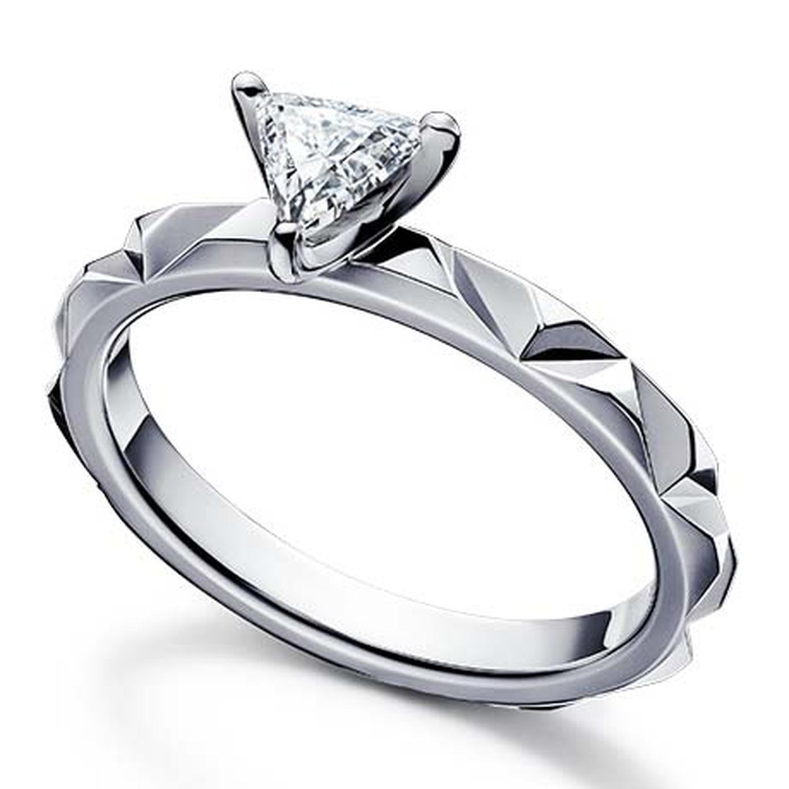 Tasaki Valle engagement ring