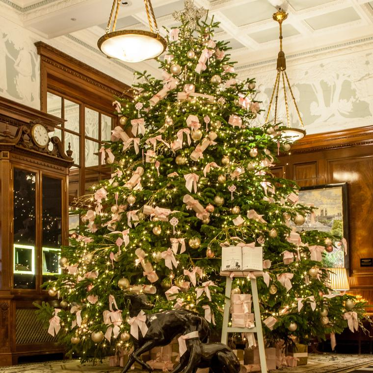 The Savoy Christmas Tree by Boodles 2015