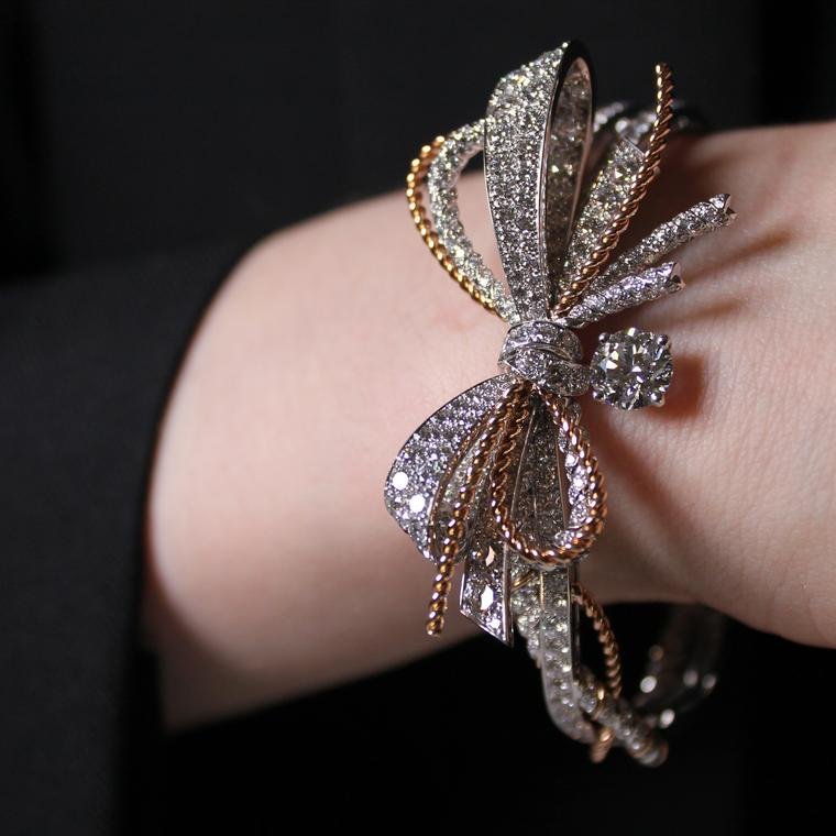 Insolence high jewellery diamond and rose gold bracelet
