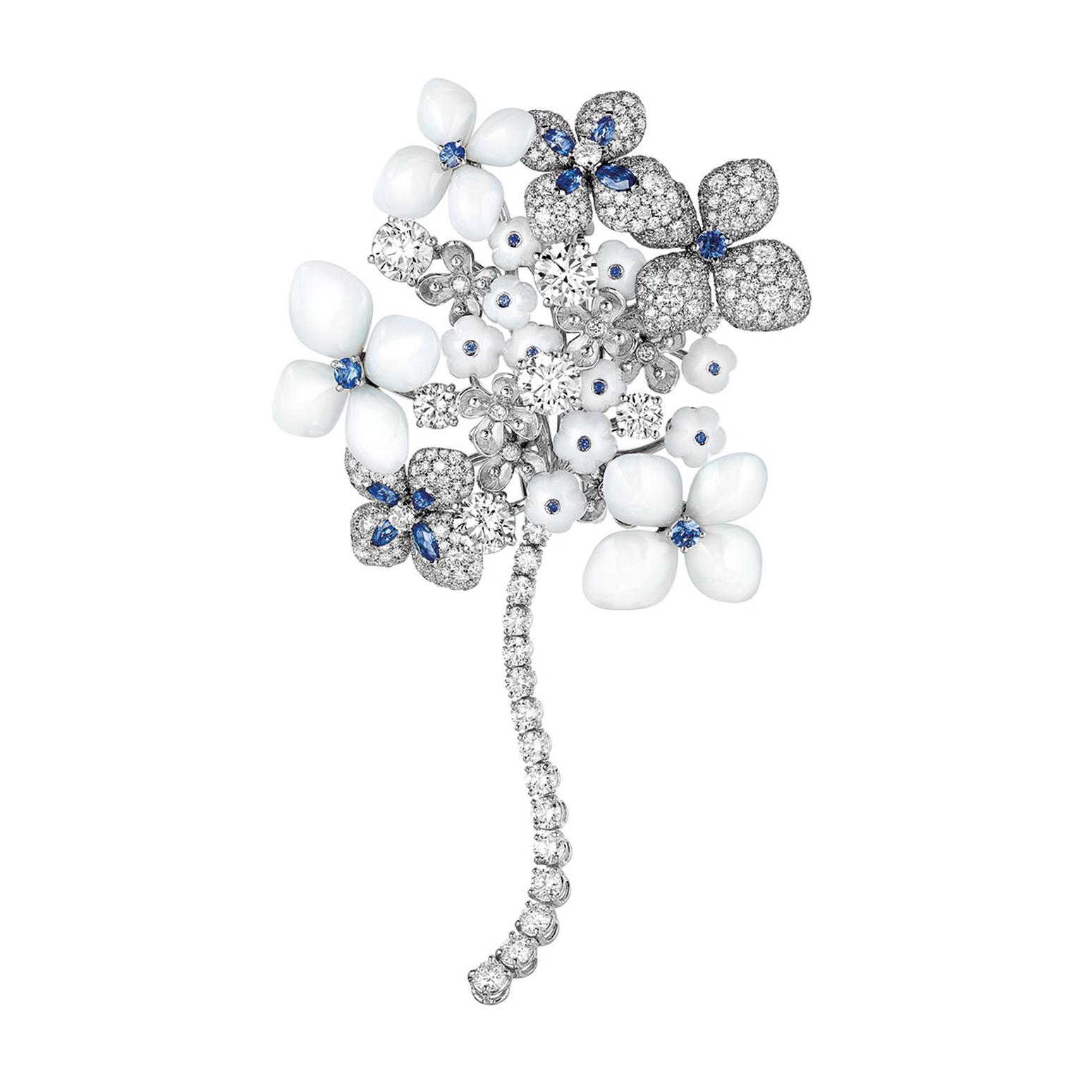 Chaumet white gold, sapphire, chalcedony and diamond brooch