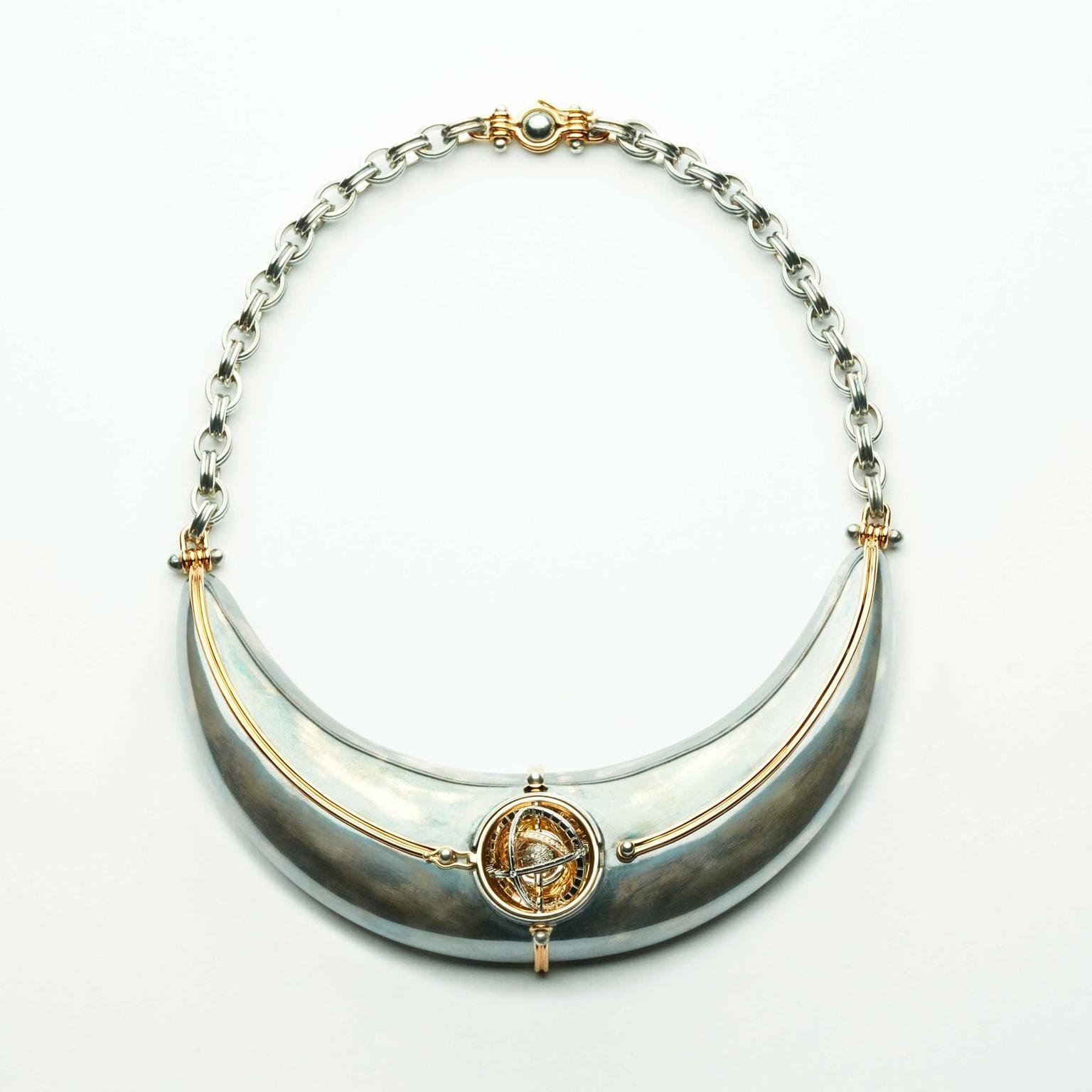 Elie Top Schaphandre torque necklace