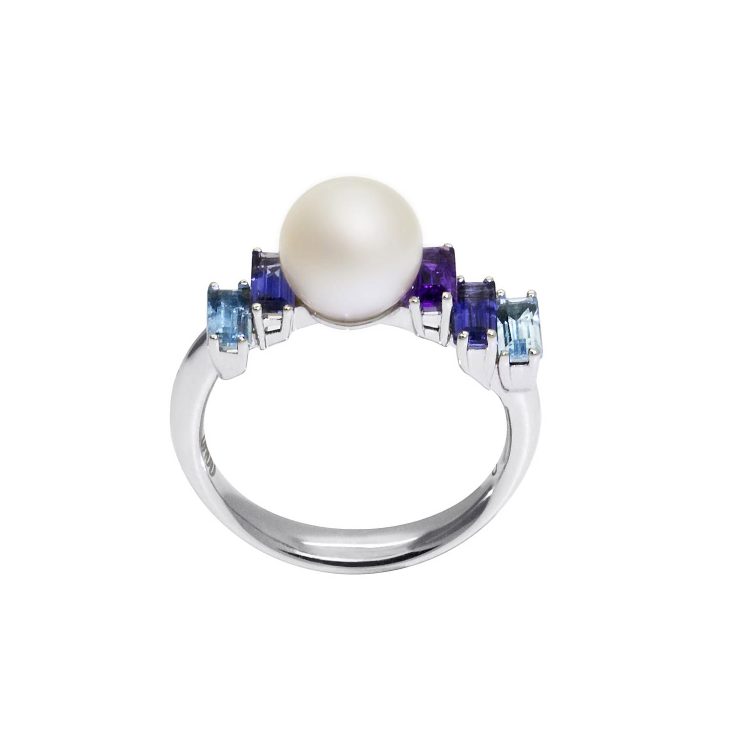 Daou pearl ring