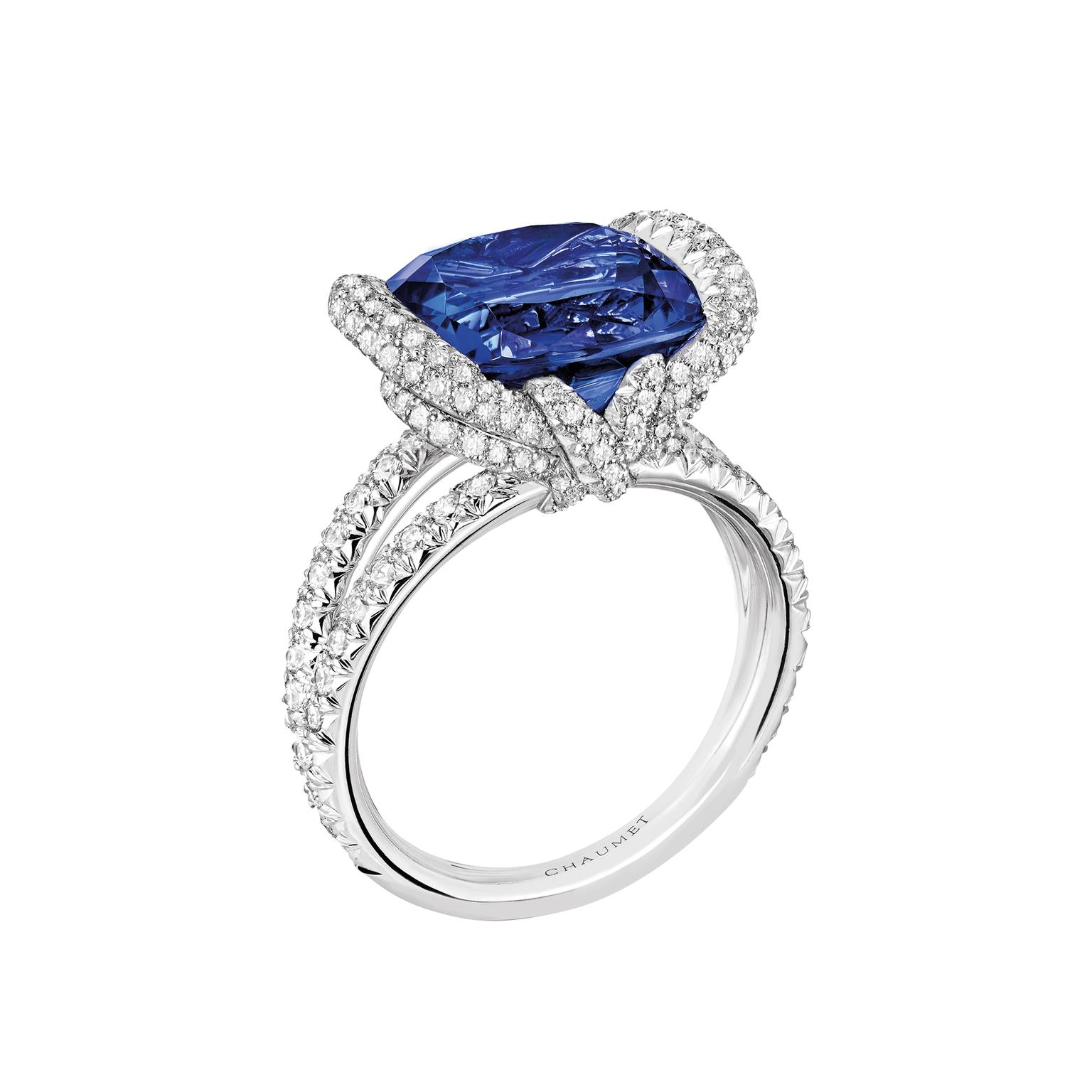 Chaumet Liens d'Amour sapphire ring
