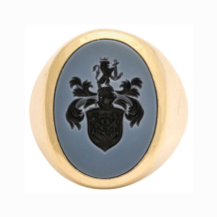 Foundwell 18ct gold English bloodstone intaglio crest ring