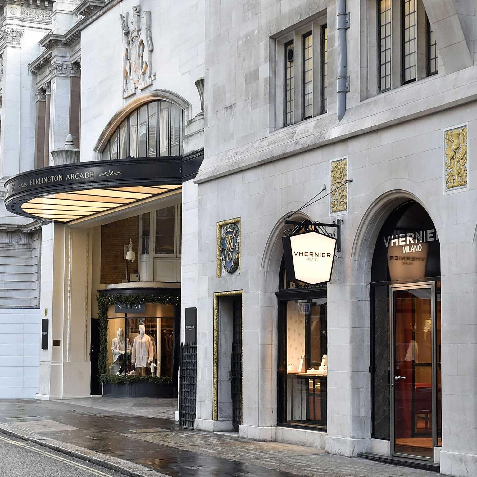 Vhernier boutique London exterior