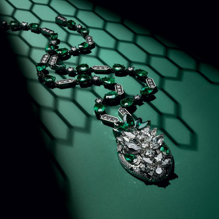 Bulgari Serpenti Seduttori necklace press release photograph