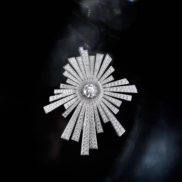 Chanel 1932 Soleil diamond brooch