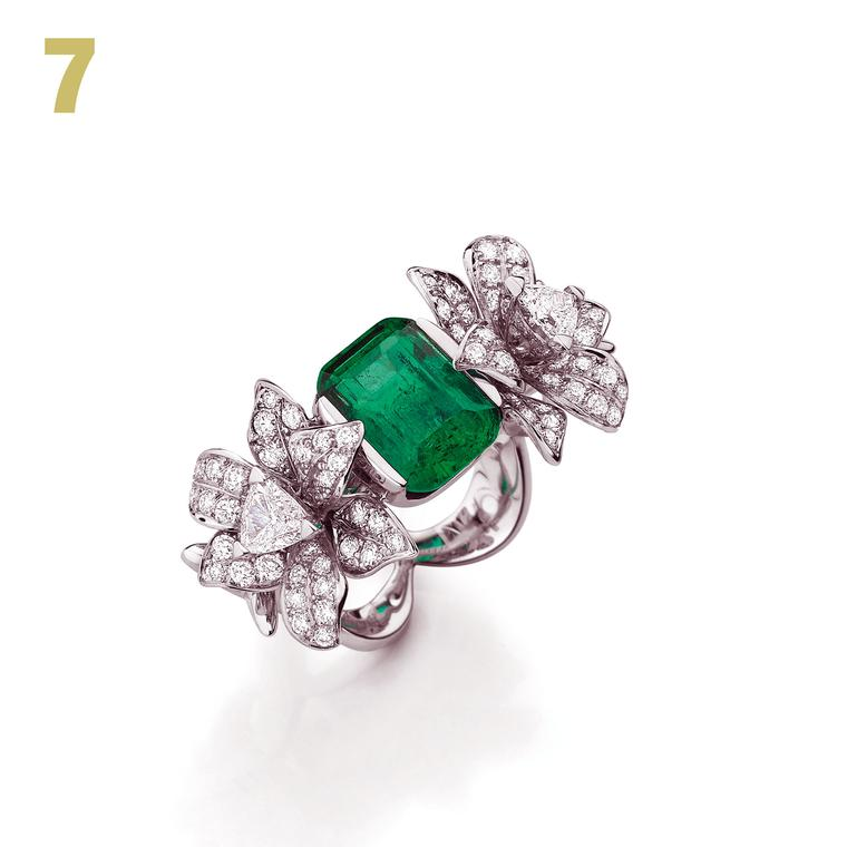 Mellerio dits Meller Bague Luxuriante emerald ring