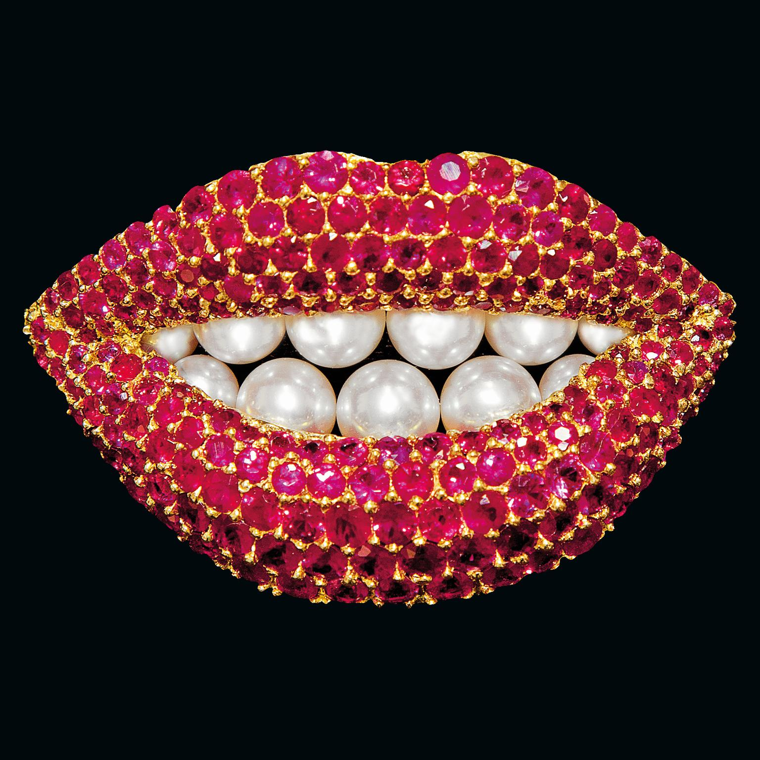 Lips brooch from Salvador Dalí