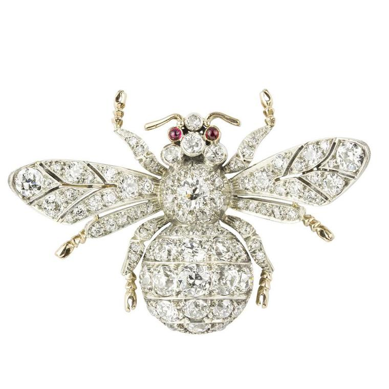 Fly by night grasshopper ring stephen webster the for Bentley and skinner jewelry