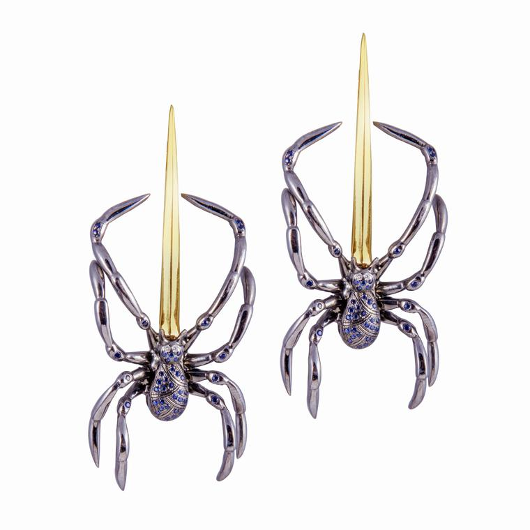 Spider earrings in 18ct yellow gold and black rhodium silver, set with diamonds and sapphires
