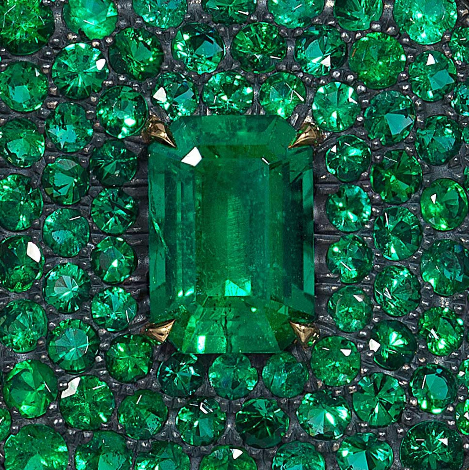 Green trend in jewellery design for 2017