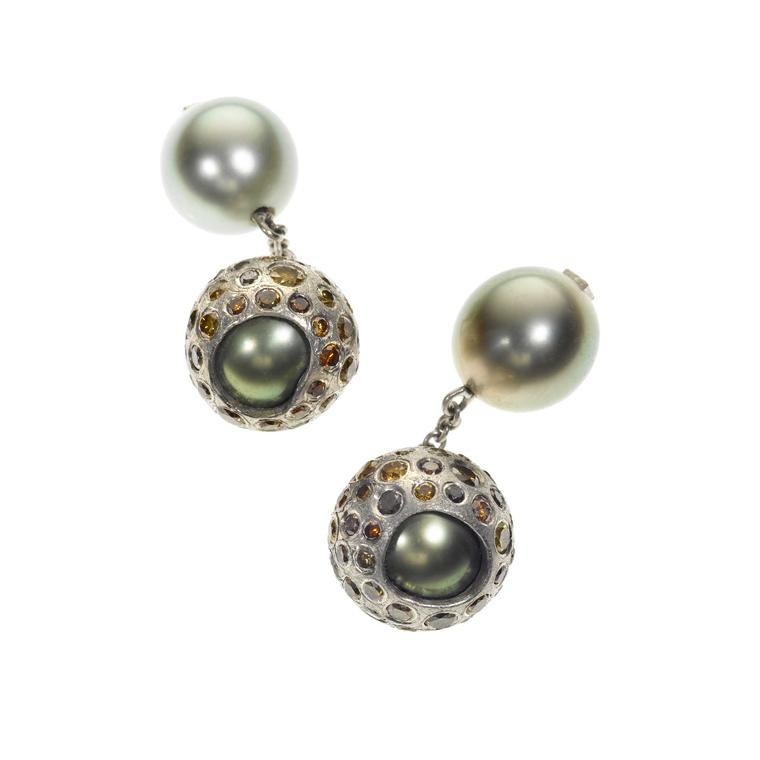 The most covetable pearl jewellery for men