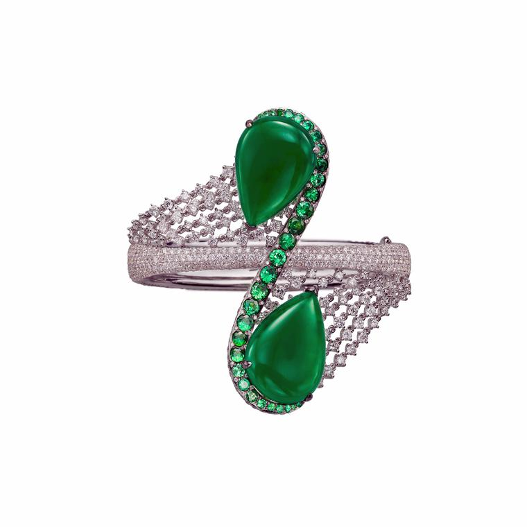 Boghossian Jewels Ballet Oriental diamond and emerald ring