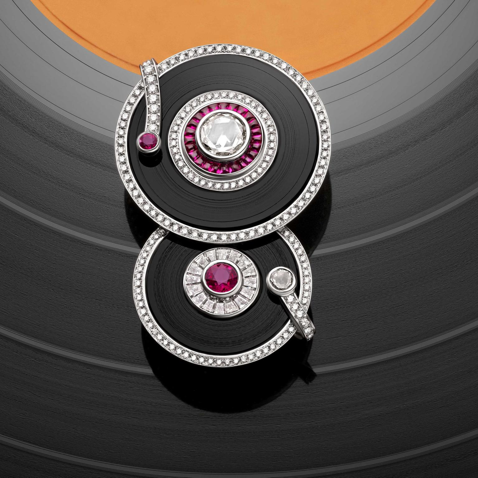 Play it again brooch from Bulgari Wild Pop high jewellery collection