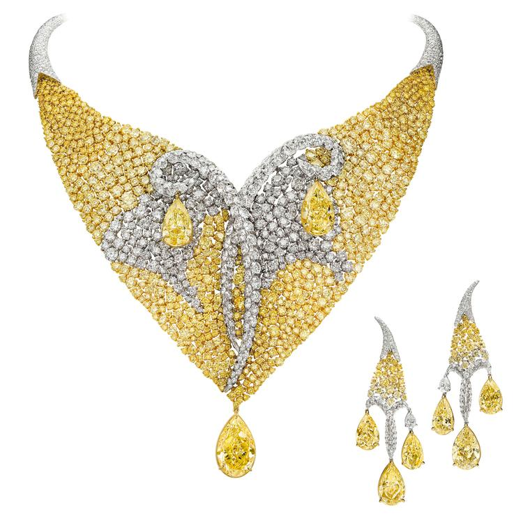 Les Merveilles Meche yellow and white diamond necklace and earrings