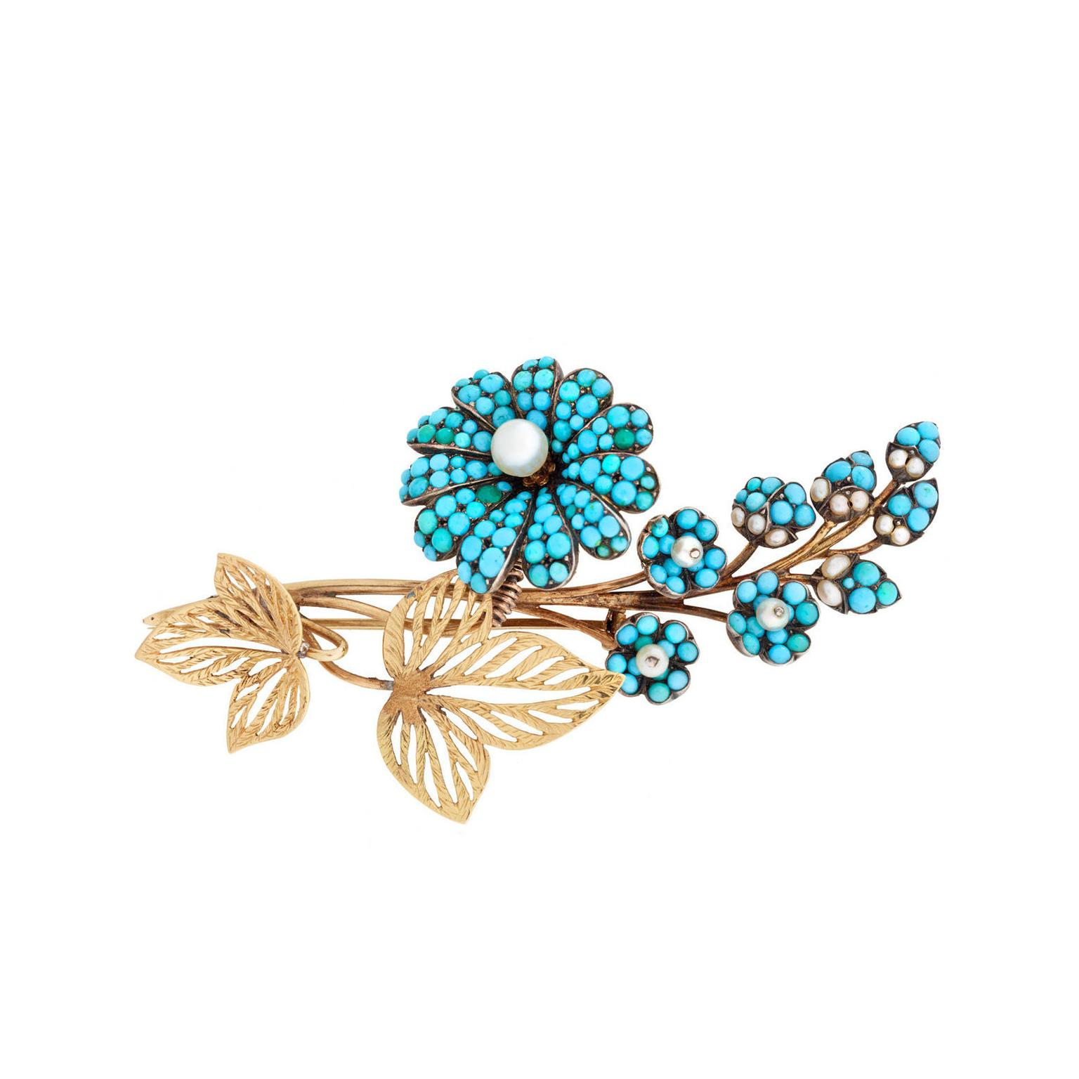 Past Era Georgian yellow gold flower pin
