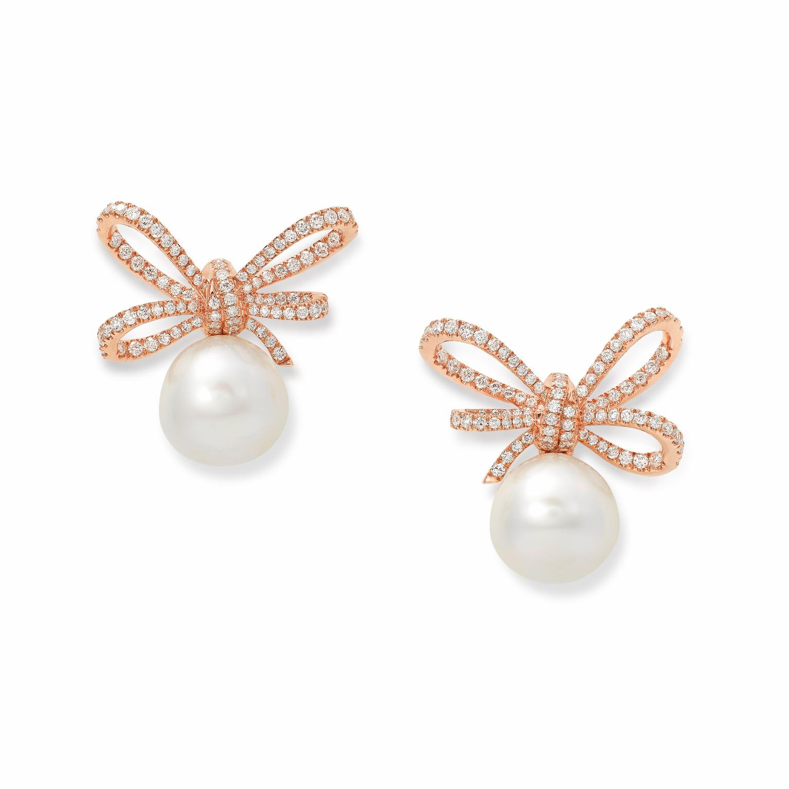 Vanleles diamond and pearl earrings