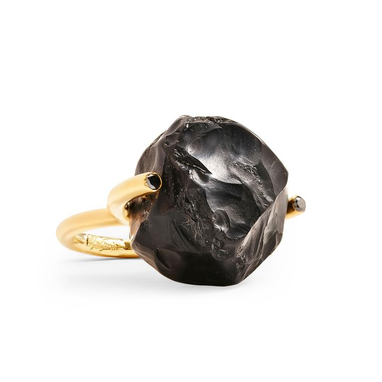 Yael Sonia Hammered Brilliant Fancy onyx ring with black diamonds