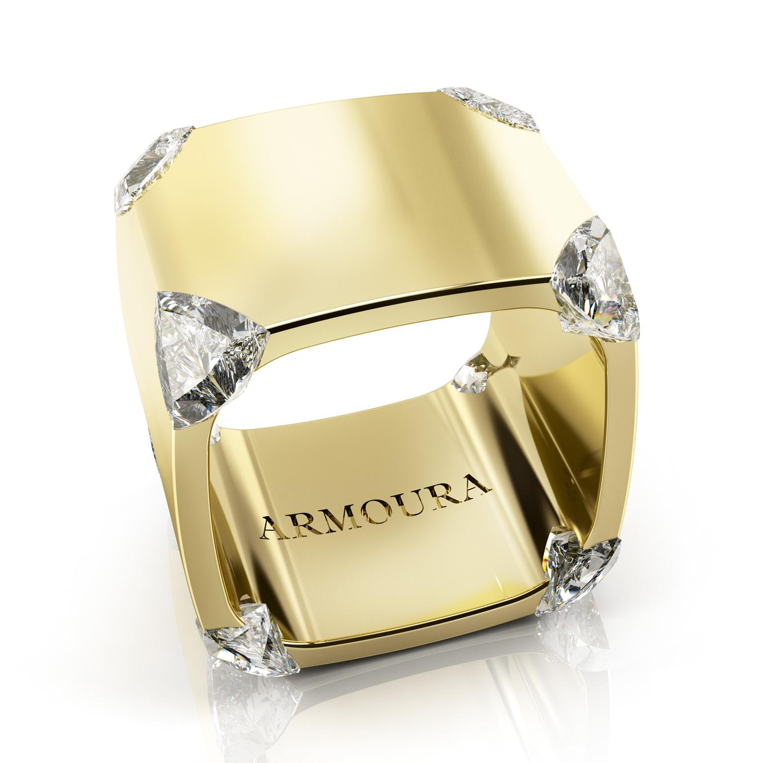 Armoura Trilliant ring in yellow gold with diamonds