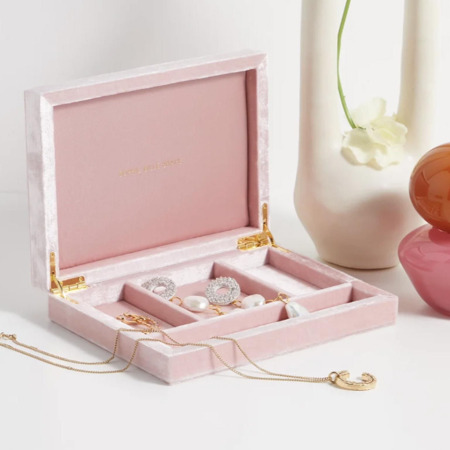 Velvet jewellery box by Sophie Bille Brahe