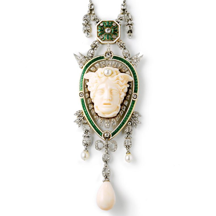 Head of Medusa pendant dating from 1906, from the Cartier Collection