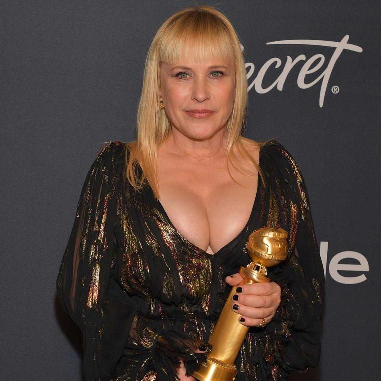 Patricia Arquette Golden Globes Chopard Fairmined gold ethical jewels