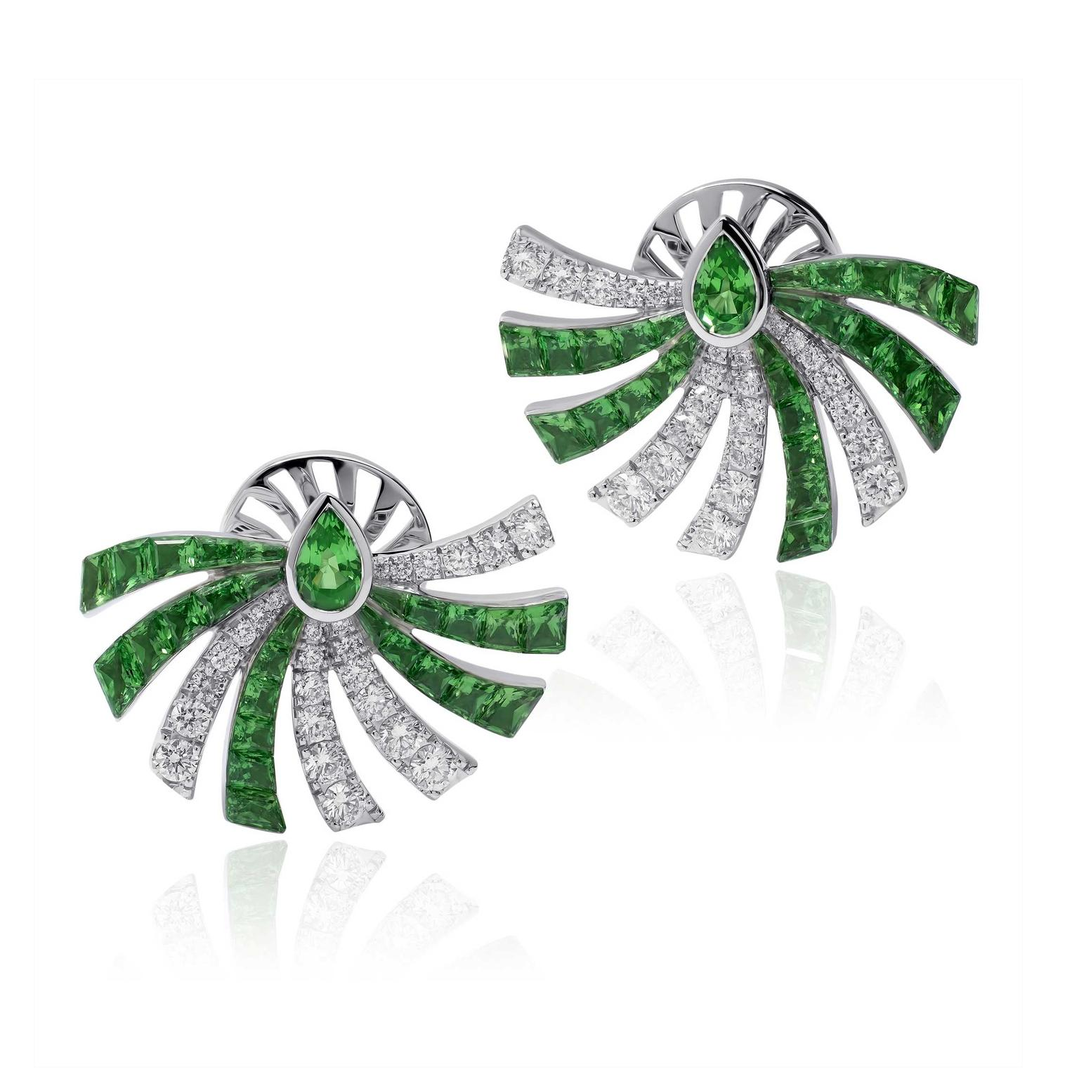 Stenzhorn Persuasion stud earrings in white gold with tsavorites and diamonds