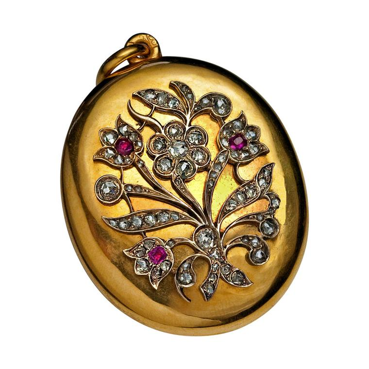 Romanov Russia gold locket