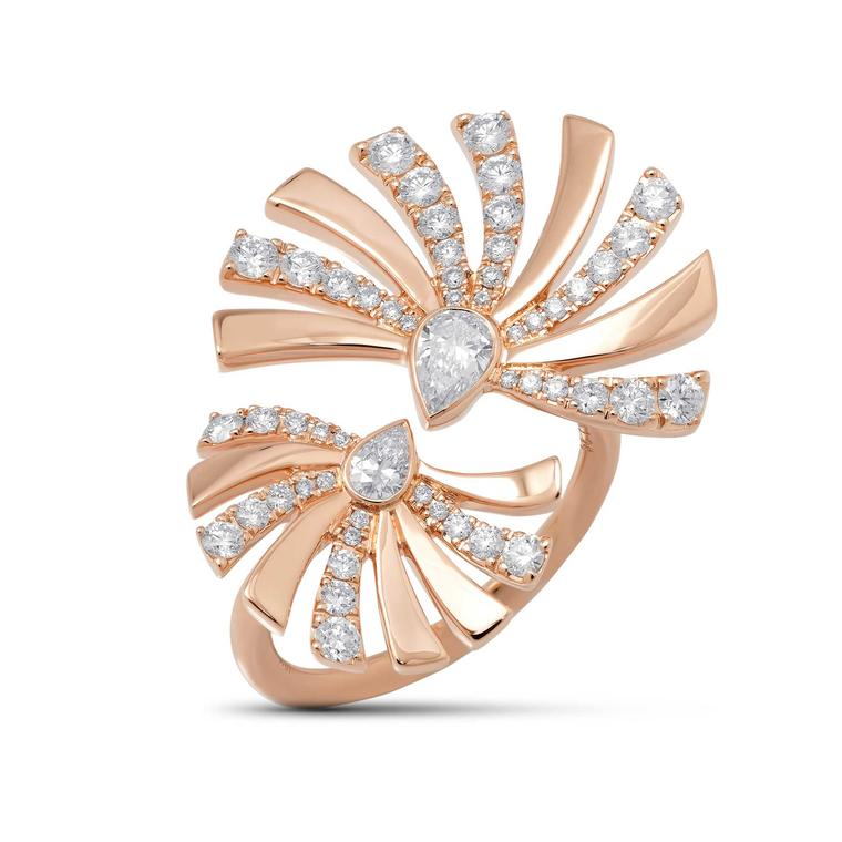 Stenzhorn Persuasion double ring in gold and diamonds