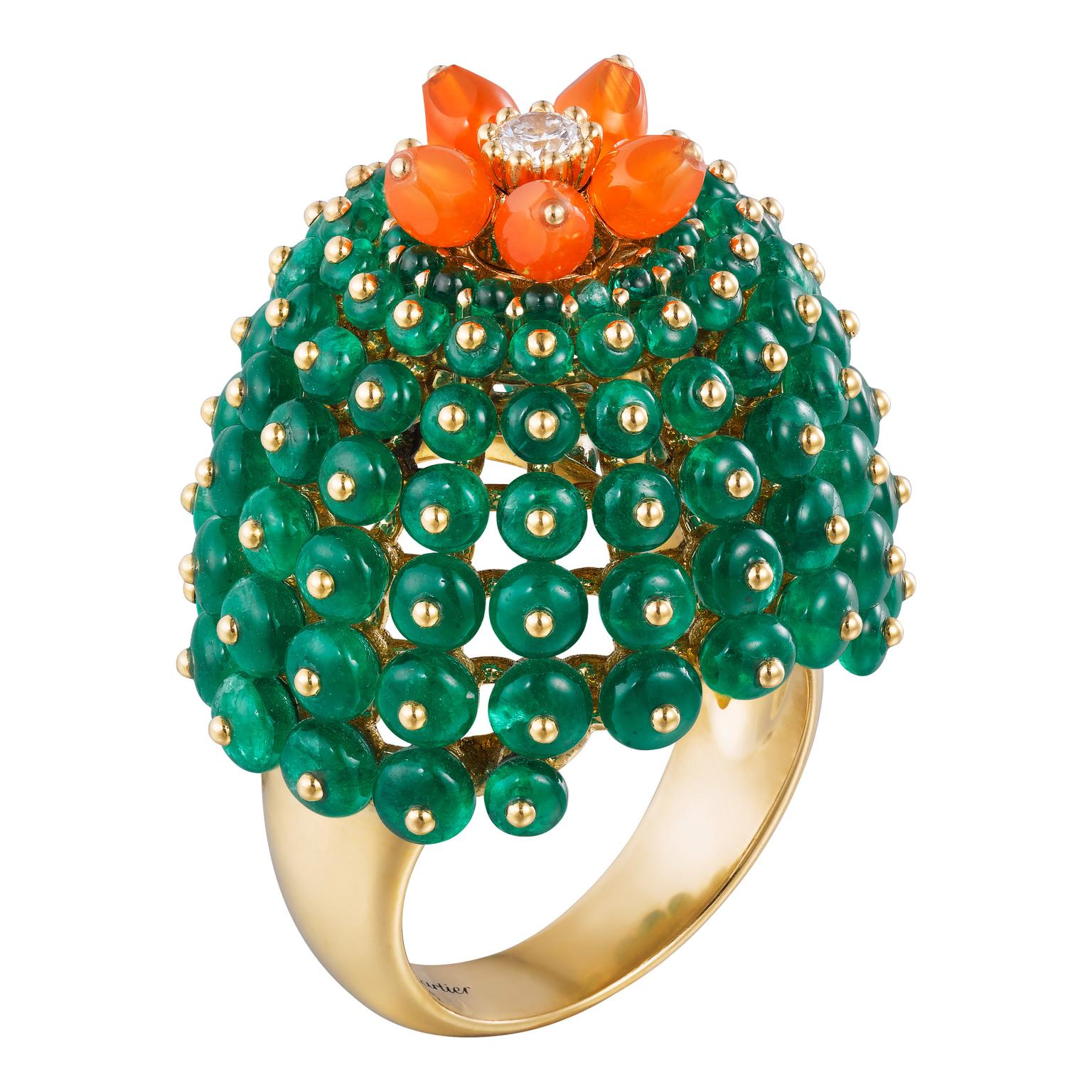 Cactus de Cartier emerald and carnelian ring