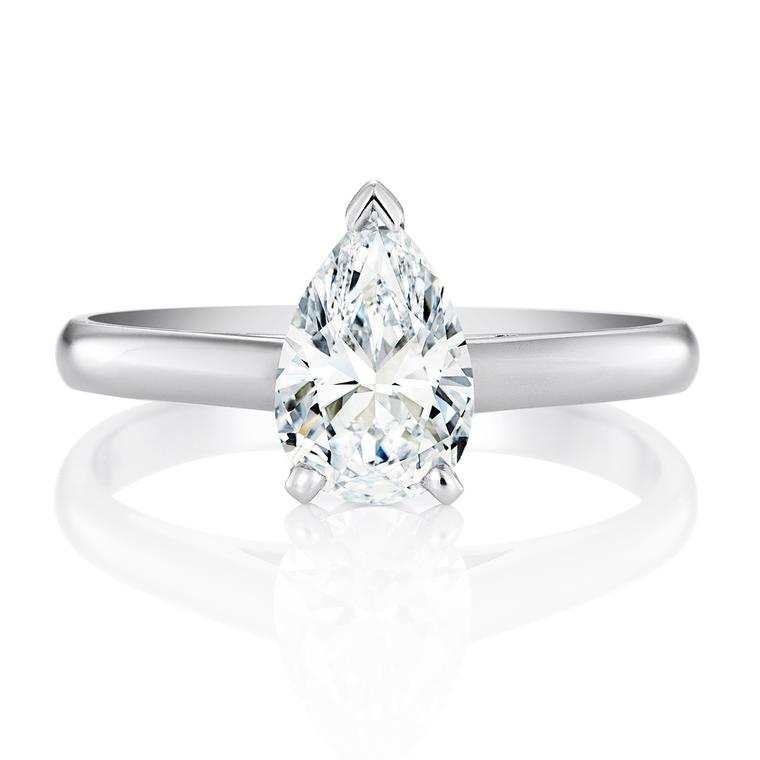 De Beers pear-cut diamond engagement ring