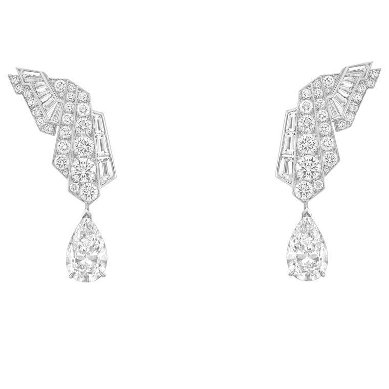 Van Cleef & Arpels Merveilles d'émeraudes earrings diamonds