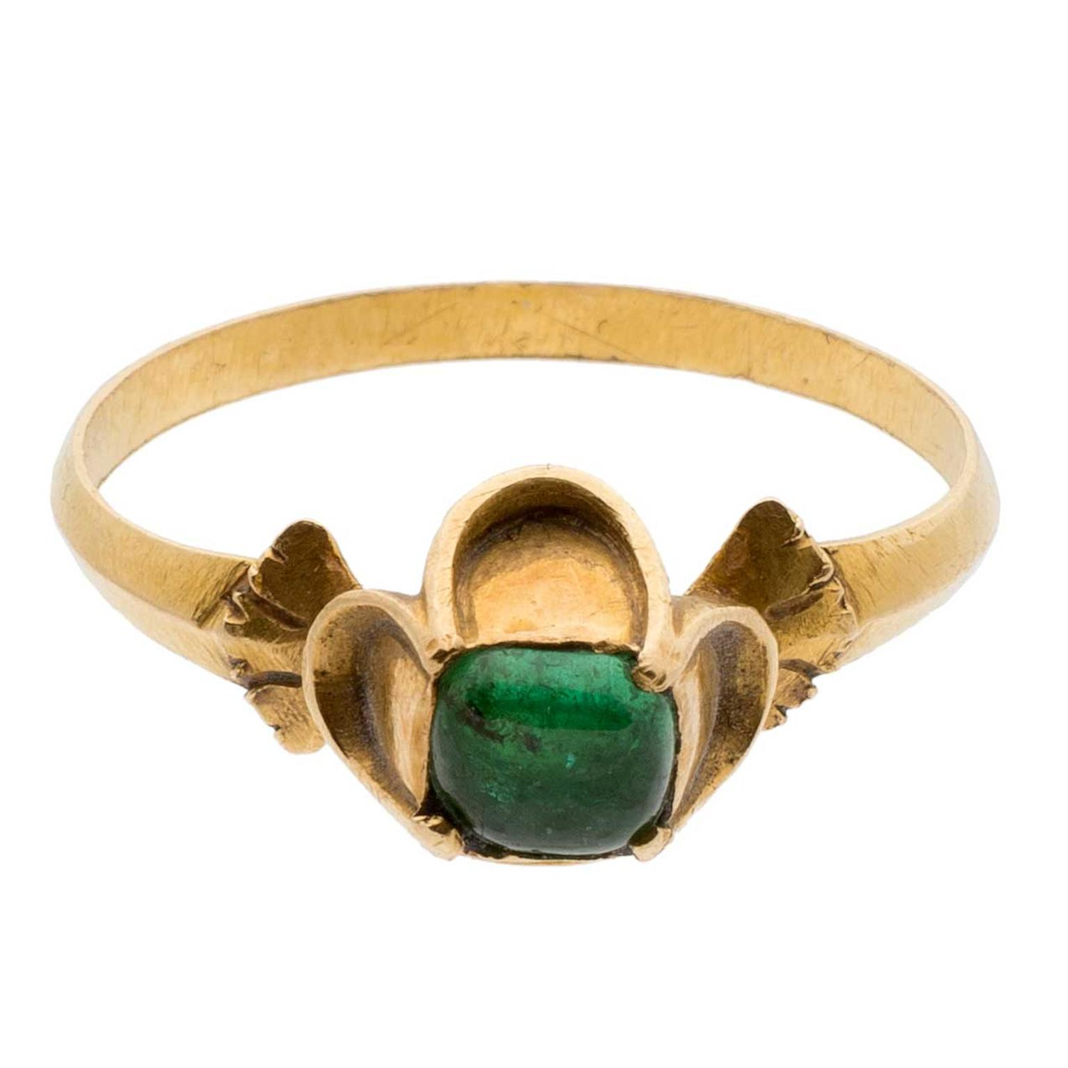 Les Enluminures Elizabethan gold and emerald ring