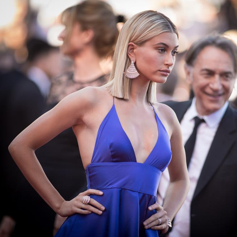 Hailey Baldwin in de GRISOGONO high jewellery at the Cannes Film Festival 2017