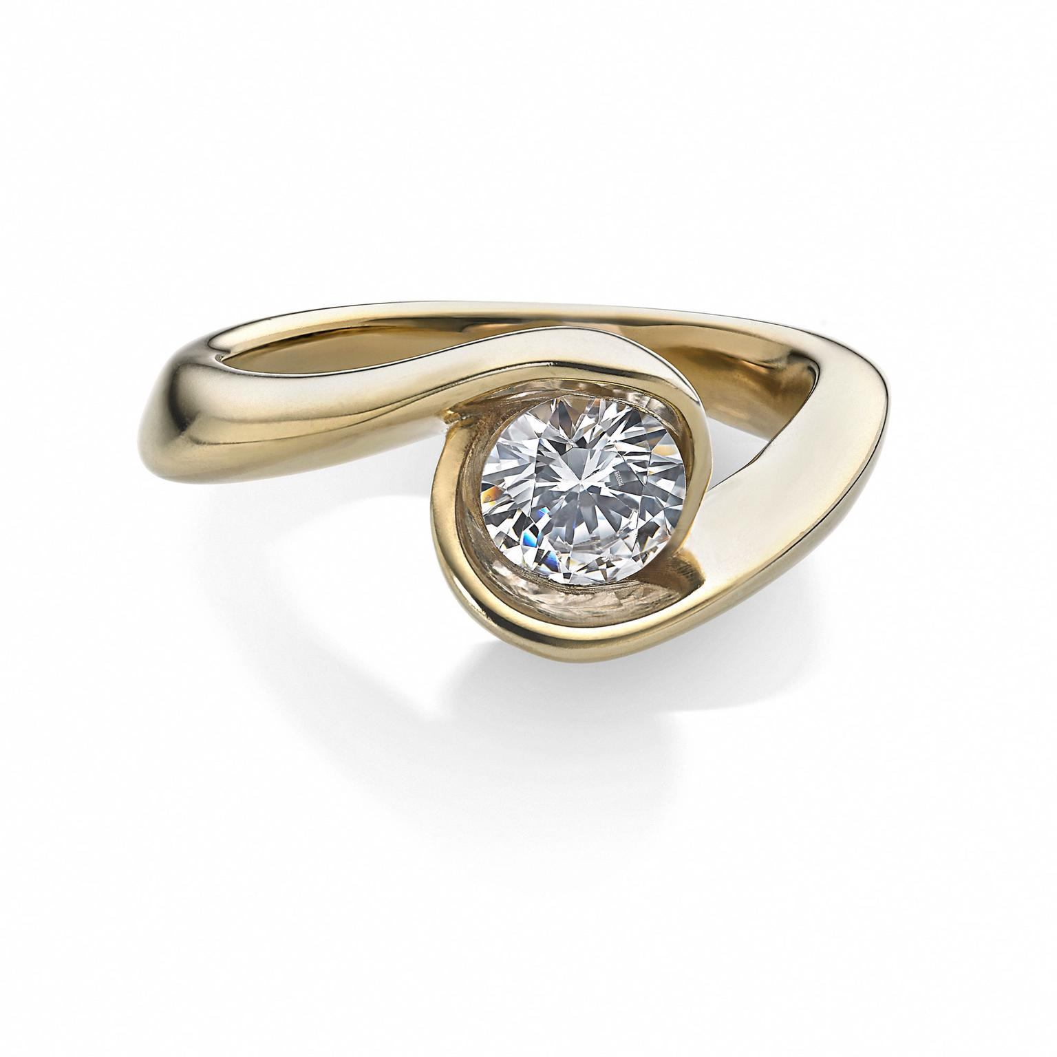Arctic Circle Diamonds crossover diamond ring