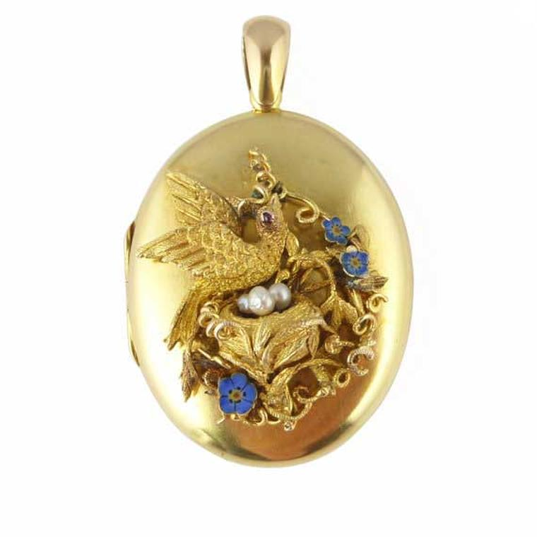 Provenance Jewellery mid-19th century gold locket