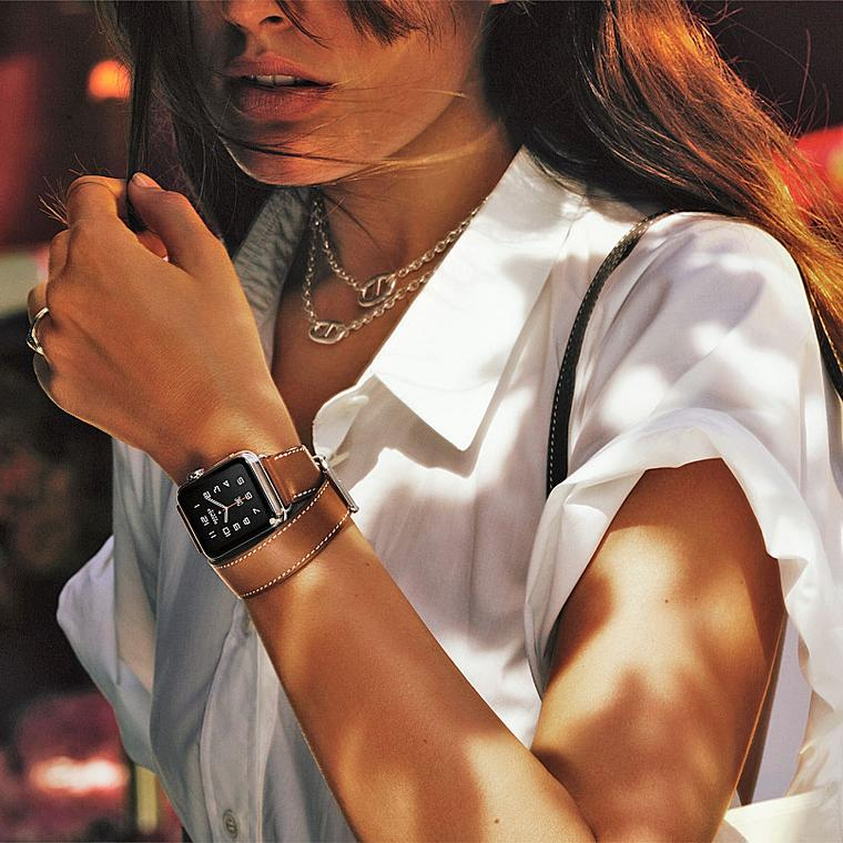 Apple watch Hermès lifestyle, photo David Sims
