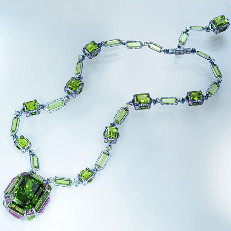 Wallace Chan Chest of Treasures necklace with a 132ct peridot pendant