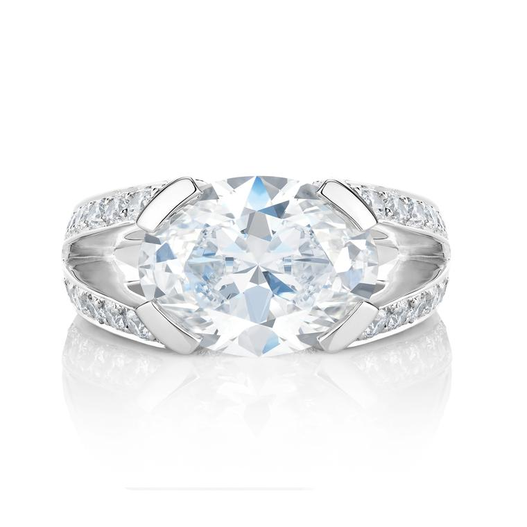 Annabel split-shank oval diamond engagement ring