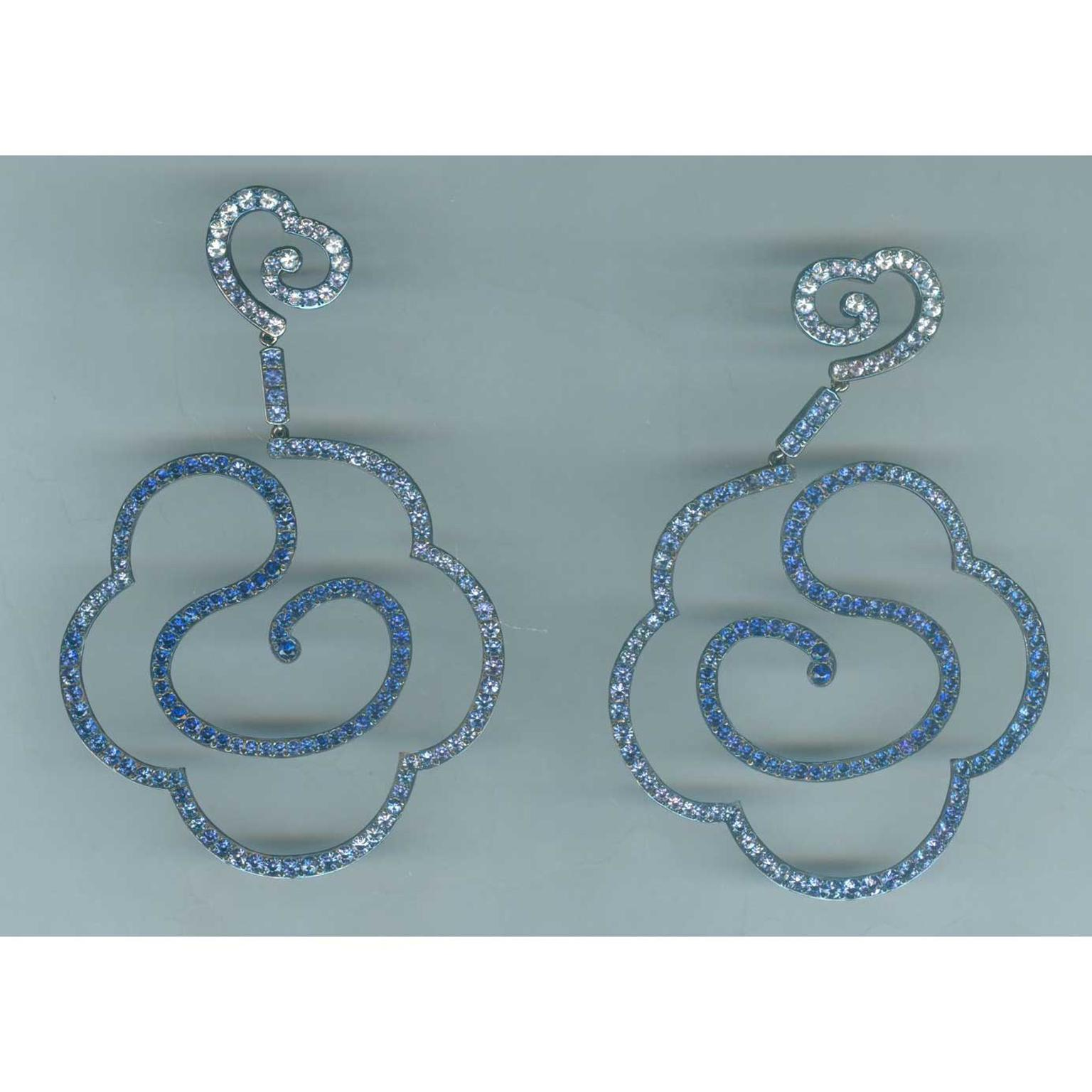 Carnet sapphire and diamond cloud earrings