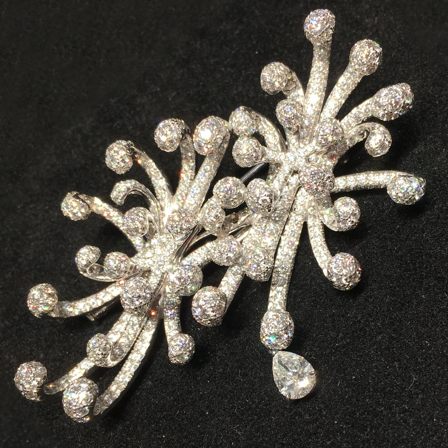 Dior Cygne brooch with diamonds