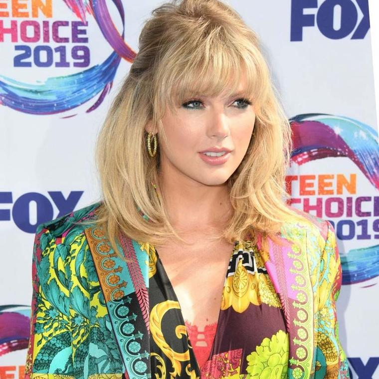 Taylor Swift at Teen Choice Awards 2019