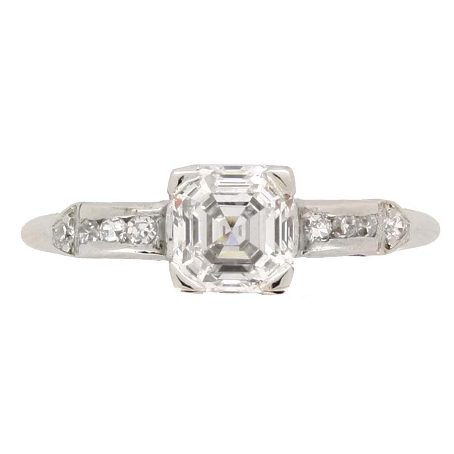 Berganza Asscher cut diamod engagement ring