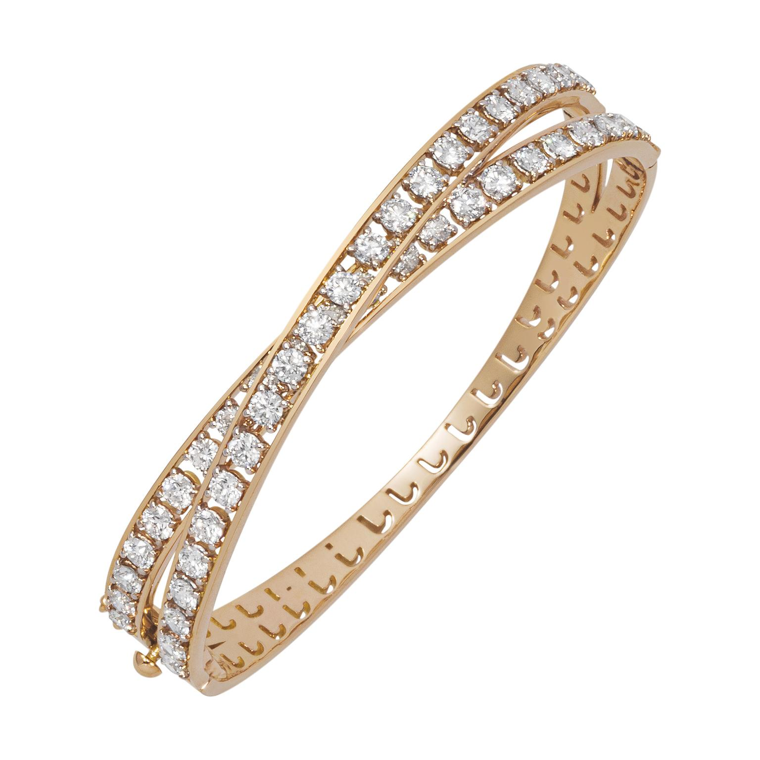 Nour By Jahan, bangle from the Kiss Collection