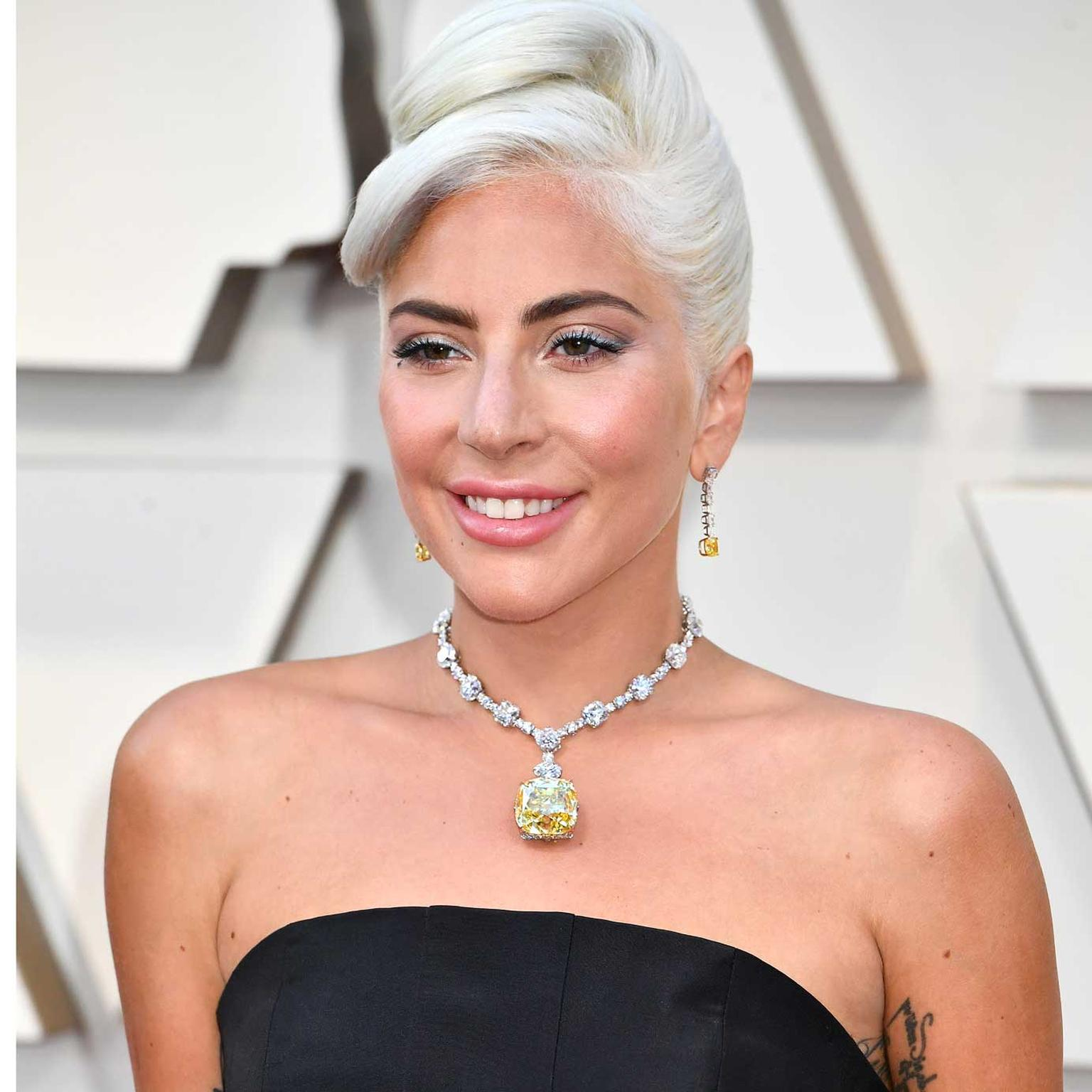 Lady Gaga Oscars close up Tiffany diamond Getty Images
