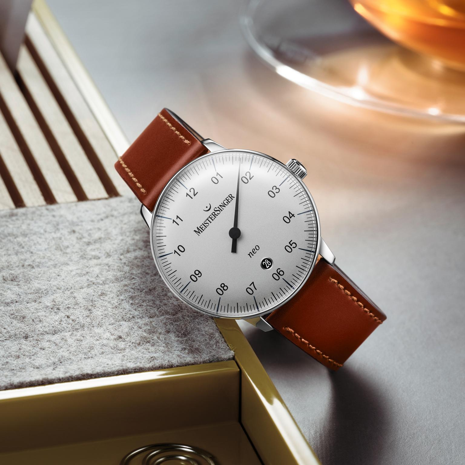 MeisterSinger Neo Plus watch